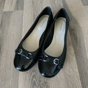 Comfy Black Flats (worn once)